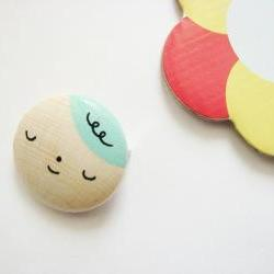 MR MINT Hand painted wooden brooch turquoise